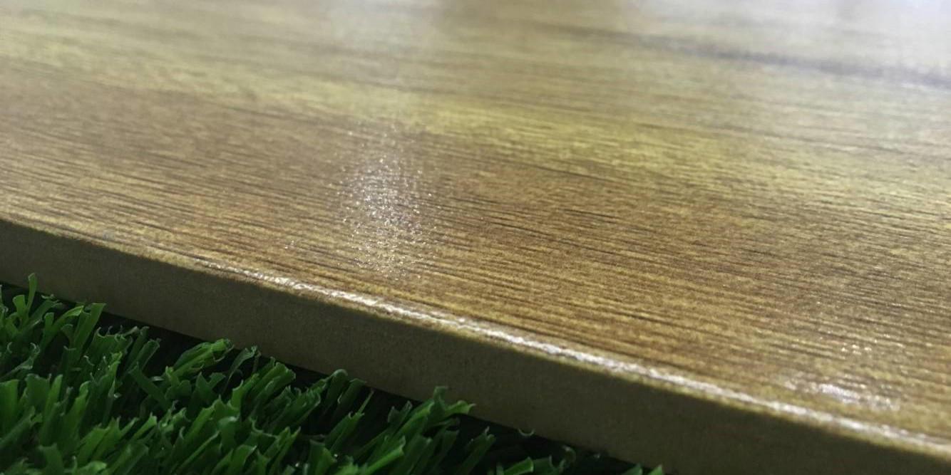 LONGFAVOR glossiness gray tile that looks like wood flooring Super Market