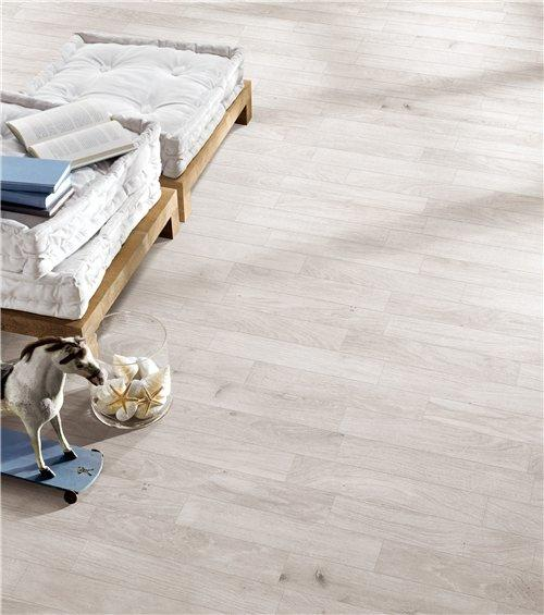 R10 Rough Wood Look Design White Color Full Body Porcelain Tile RC66R0D17W