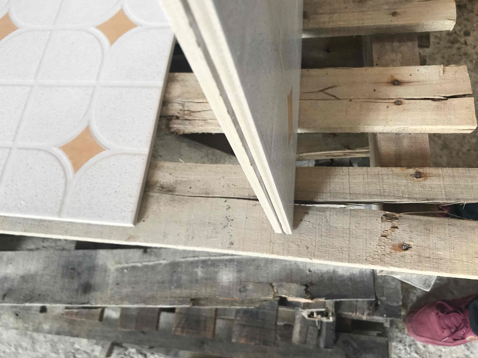 LONGFAVOR wooden 300x300mm Ceramic Floor Tile strong sense Apartment-13